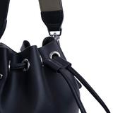 INYATI Carly Crossbodybag black details