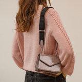 Becksondergaard Solid Kelliy Bag Grey model vrouw schoudertas