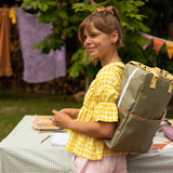 Sticky Lemon Large Backpack Freckles Seventies Green + Retro Yellow + Faded Orange model meisje zijkant