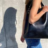 Becksondergaard Kia Kayna Bag Black model vrouw