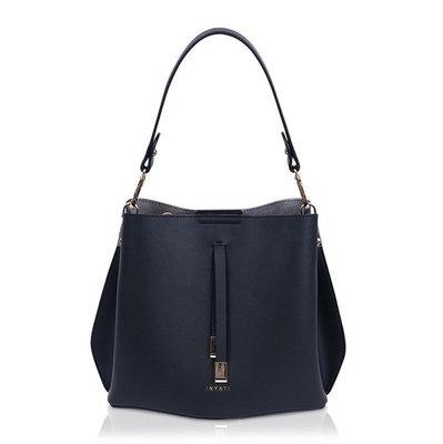 InyatiCleo Handbag Black