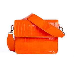 Hvisk Cayman Shiny Strap Bag Orange Voorkant