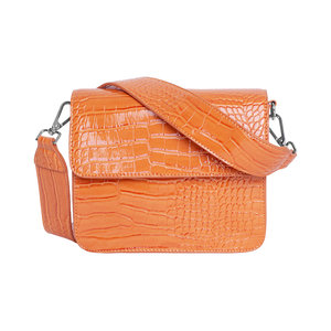 Hvisk Cayman Shiny Strap Bag Pastel Orange Voorkant